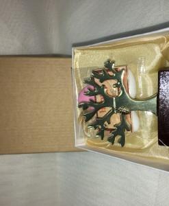 μπομπονιέρα_γάμου_δέντρο_ζωής_σε_βάση_και κουτί_