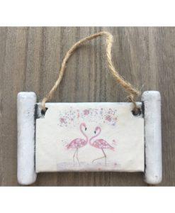 011-petrini-mikri-pinakida-kremasti-me-apiro-flamingko