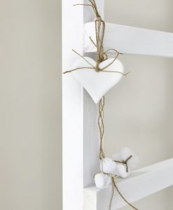 white_wedding_details
