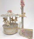 chic-carousel_baptistiko_paketo_alogaki